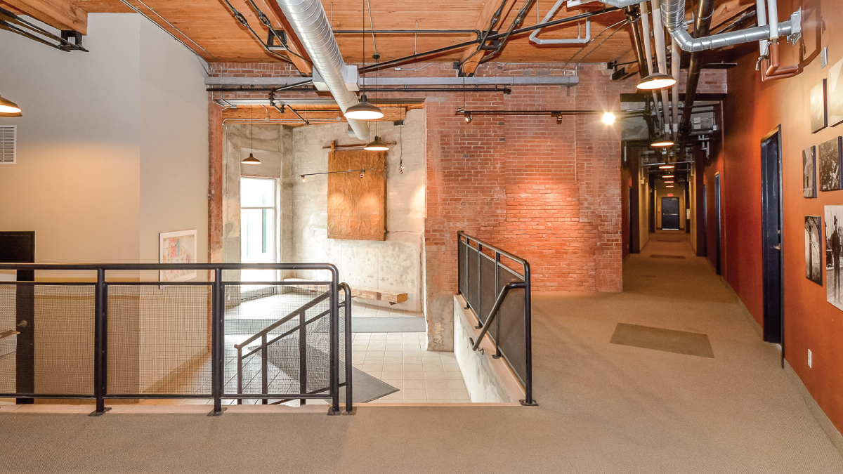 Lobby/Hallway