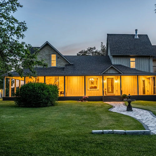 Country Estate in Mount Forest